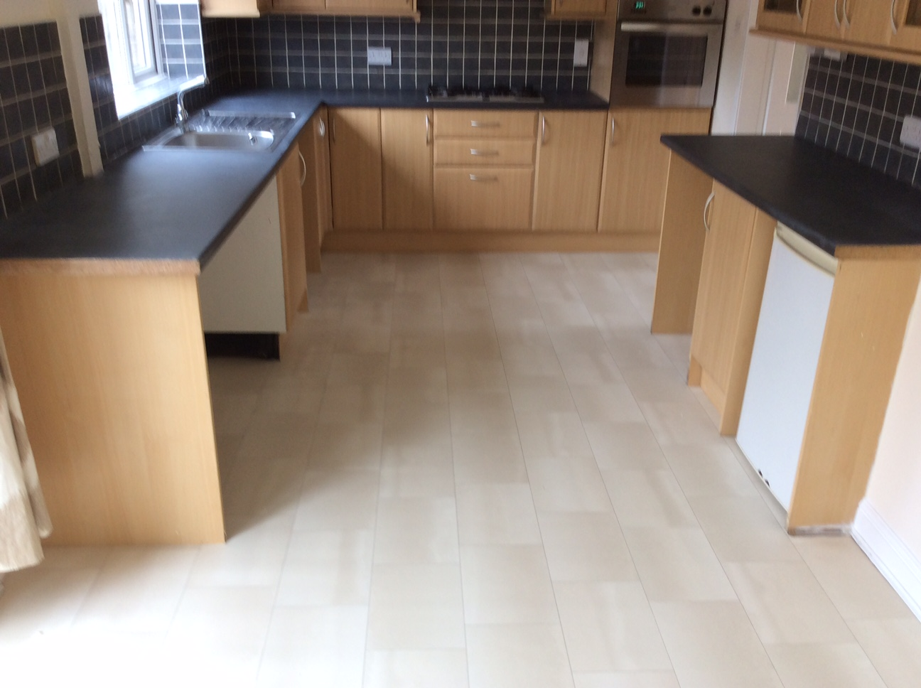 Carpet And Vinyl Flooring Fitting The Carpet Shop At The