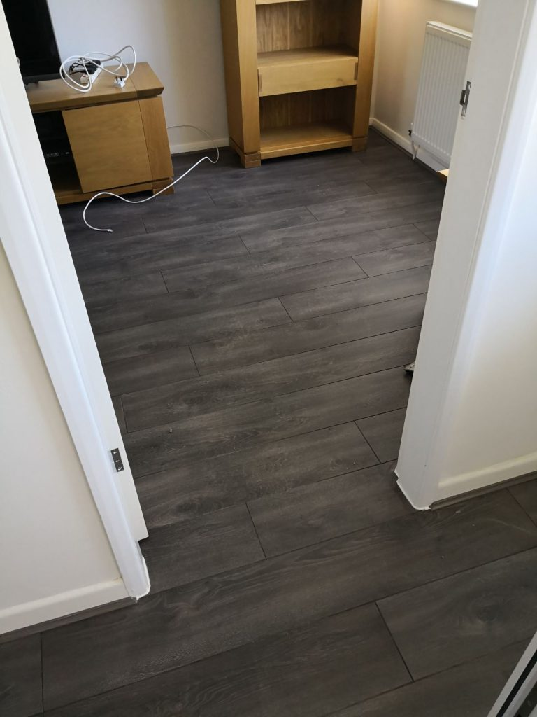 Lifestyle Floors Soho Strand Oak - Laminat Flooring - The Carpet Shop - Southport (4)