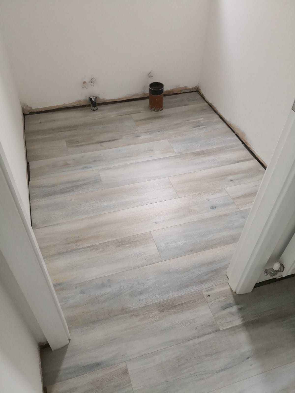 Laminate Floor Installation Egger Pro Aqua Plus Classic
