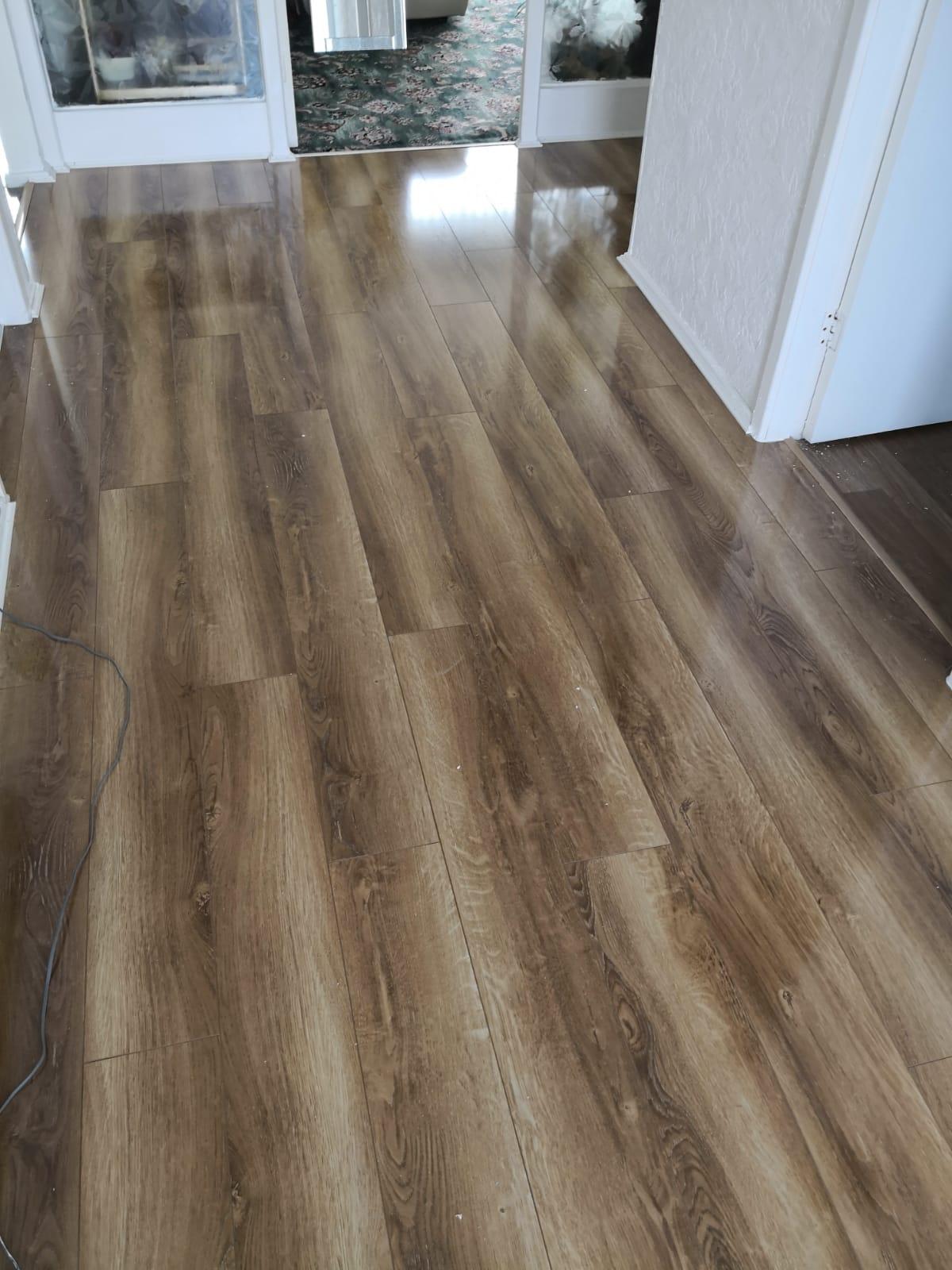 Canadia Prestige Rustic Oak Gloss Laminate Flooring The