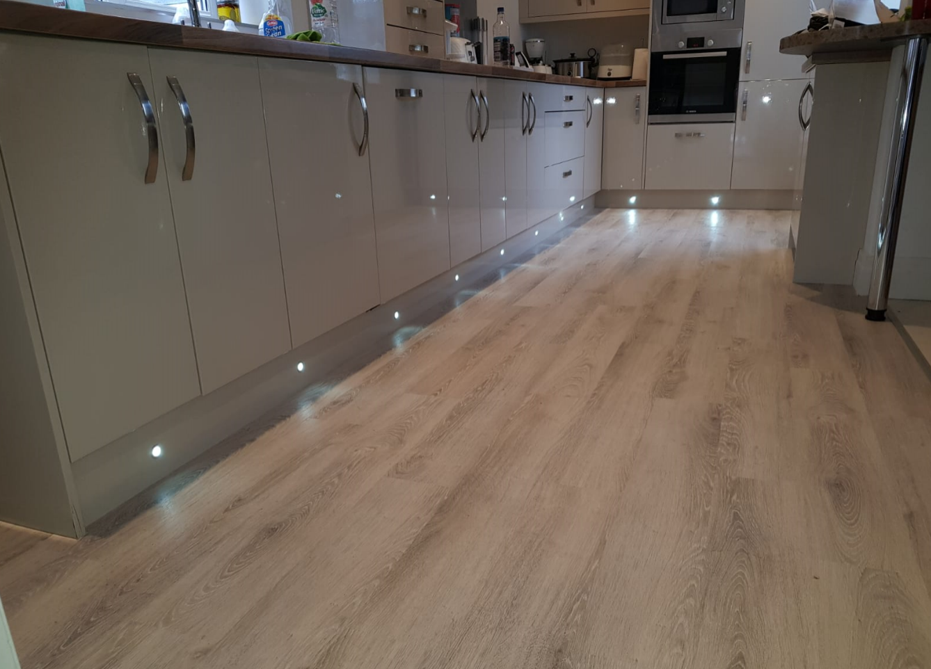 Natural Solutions Sirona Click Evergreen Oak LVT Flooring The Carpet Shop Southport (1)