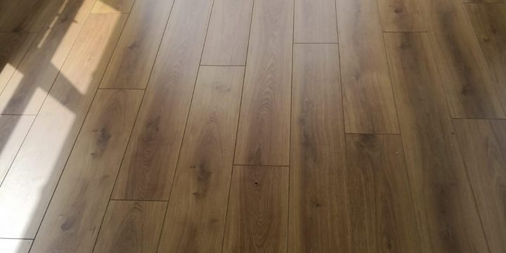 Lifetyle-Chelsea-Traditional-Oak-Laminate-Flooring-The-Carpet-Shop-Southport